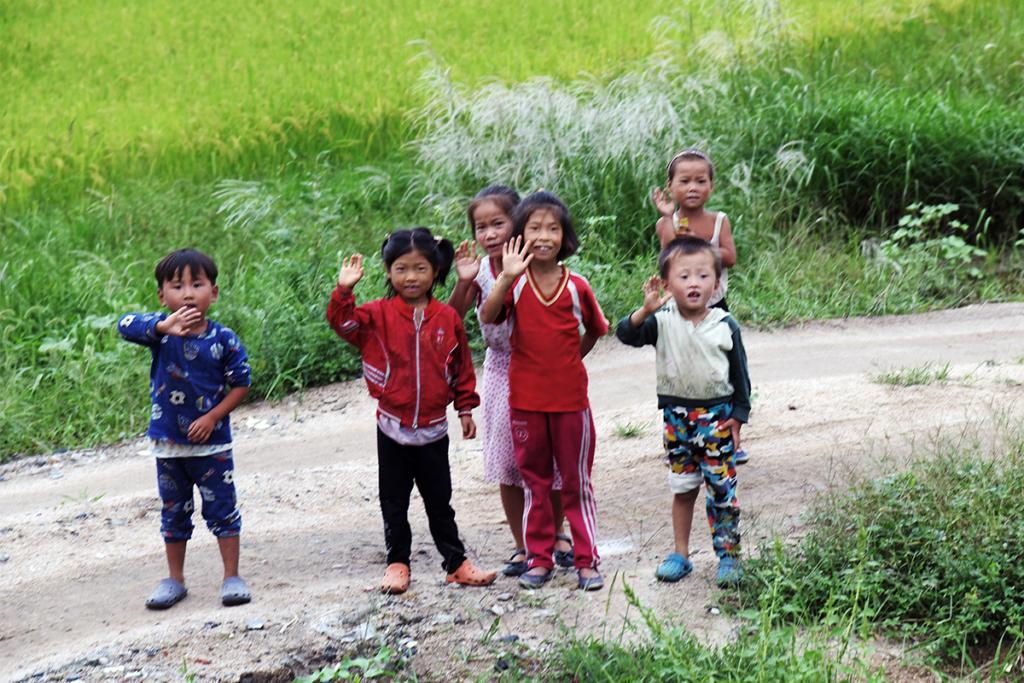 北朝鮮の子供達